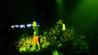 lil-peep-and-lil-tracy-white-whine-live-7-15-16-santa-ana-at-the-observatory.jpg