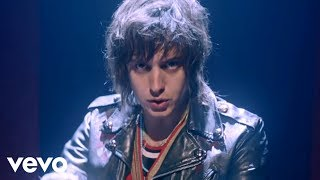 Daft Punk ft. Julian Casablancas - Instant Crush (Official Video)