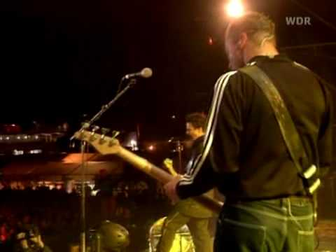 Baixar Muse - Hysteria live @ Rock Am Ring 2002 [HQ]
