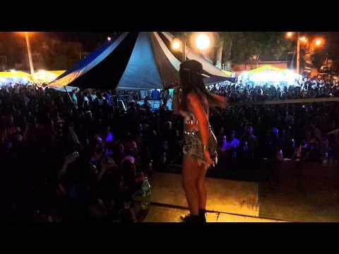 Baixar MC Britney no baile do Campinho!