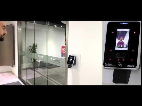 Anviz FACEPASS 7 IRT: Termoscanner facciale, uso come termoscanner o combinato con rilevamento presenza/controllo accessi.