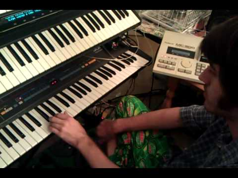 How to use a Roland MC-500 sequencer