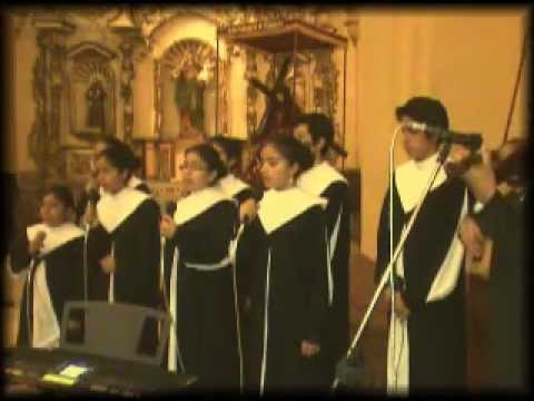 En momentos así Coro de Niños de la Catedral de Trujillo - Perú