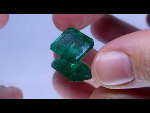 13.77 CT GIA Certified Emerald Gemstone for Sale