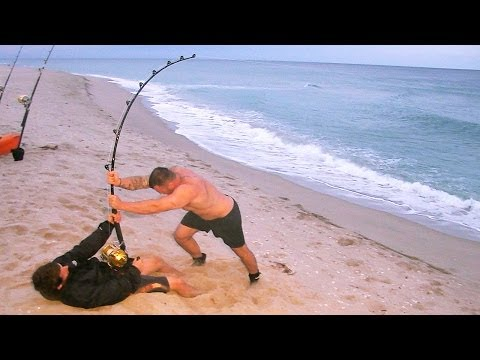 Video megalodon found battlefield 4 giant shark easter egg for Surf fishing for sharks