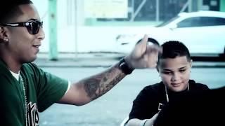 J Alvarez, Xavi the Destroyer, Ñengo Flow — Caminando por la Calle