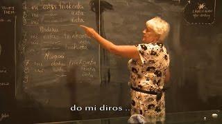 Video aCBzGlMzbkU: Esperanto Leciono de Halinka Ejsmont