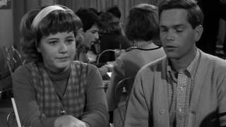 The Patty Duke Show S2E10 How to Succeed in Romance