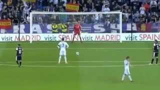 Cristiano Ronaldo hardest penalty vs Malaga 8.5.2103