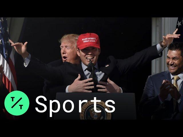 MLB/御用樂隊奏鯊魚寶寶 參訪白宮國民捕手遭川普襲胸
