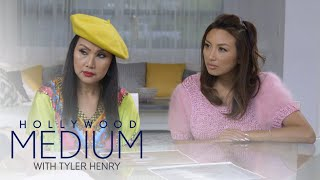 Tyler Henry Connects Jeannie Mai & Her Mom to a Loved One   Hollywood Medium with Tyler Henry   E!