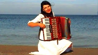 WIESŁAWA DUDKOWIAK   with Accordion on Beach 1 , The most beautiful relaxing melody