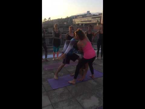POP UP YOGA - FOCUS CLASS
