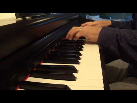 Mi cover  en piano corre corre corre corazon - jesse y joy (video oficial )