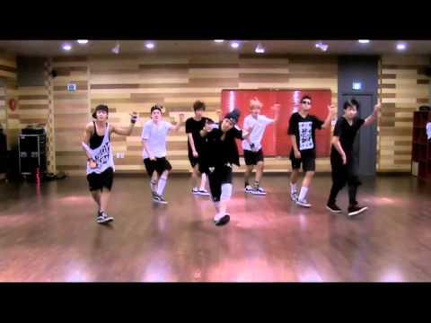 BTS - Bulletproof vs Exo - Two moons feat. Key