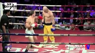 Šaolinski monah ušao u ring protiv profesionalnog boksera, a onda je na 0:20 uradio nešto nakon čega je cijela dvorana ZANIJEMILA!