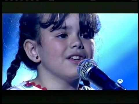 QUIERO CANTAR LUCÍA  DE 8 AÑOS  CANTA AVE MARÍA.