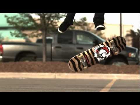 Video Skateboard in slow motion flat ground tricks (1000 fps slow motion)