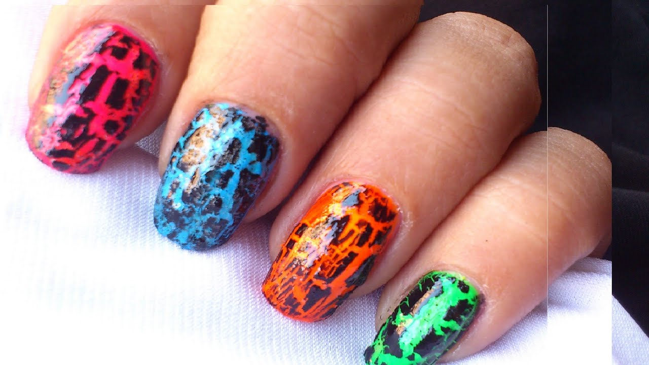 How to use crackle nail polish tutorial youtube - Easy nail polish designs to do at home ...
