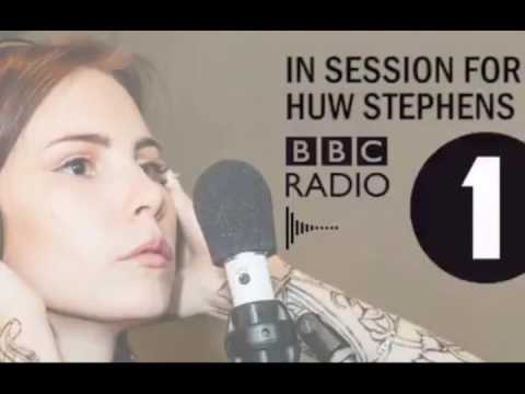 Skott - Live on BBC Radio 1
