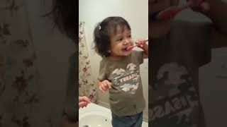 Brush brush brush your teeth😁