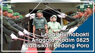 Tradisikan Pedang Pora TNI Purnabakti