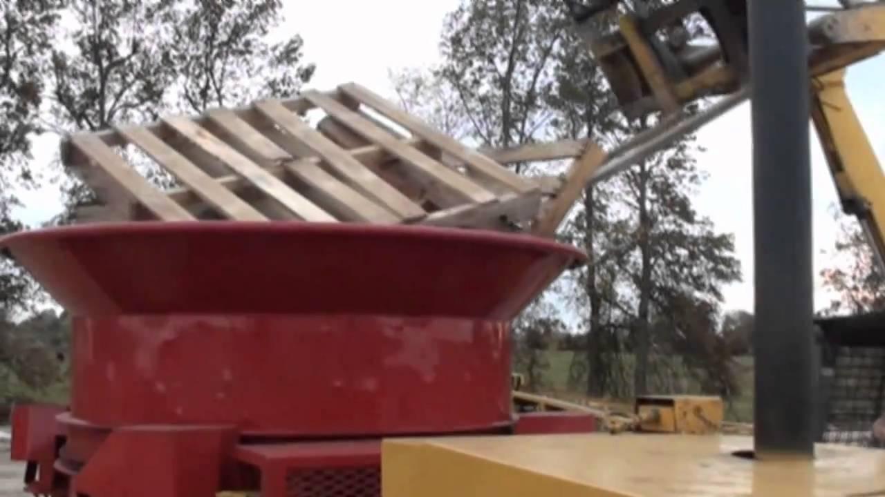 Diesel Engine Working >> Haybuster IG-7 Tub Grinder - YouTube