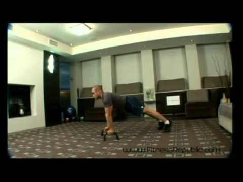 Tricep Push Up With Push Up Bar - Fitness Republic - Smashpipe sports