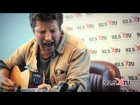 Brett Eldredge - Don't Ya (Acoustic)