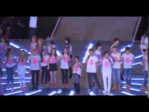 Red Velvet at the ending of SMTown World Tour IV 2014 Seoul (fancam)