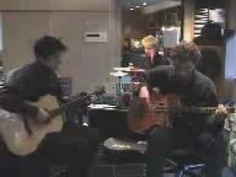 Muse - Muscle Museum acoustic live version (RARE)
