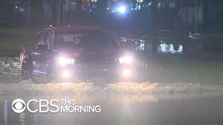 EEUU: Texas y Luisiana observan inundaciones repentinas mientras la depresión tropical Imelda avanza tierra adentro
