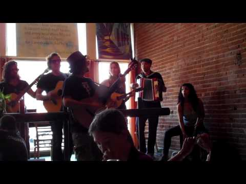Baixar Jason Mraz singing
