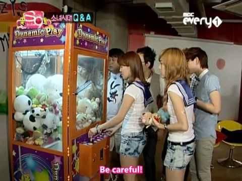 『2/5』 090804 SHINee FBG - Jessica, Sunny, & Hyoyeon (eng)