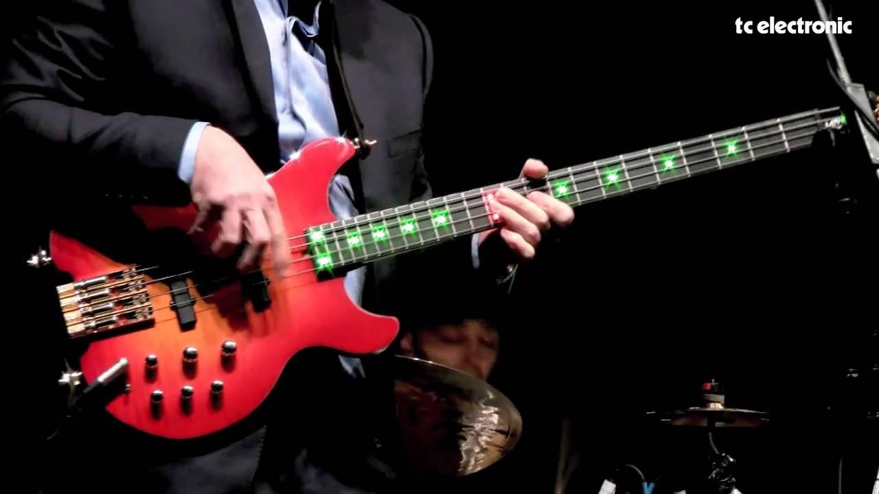 Mark King Bass : mark king of level 42 plays a tc electronic rh750 bass amp youtube ~ Hamham.info Haus und Dekorationen