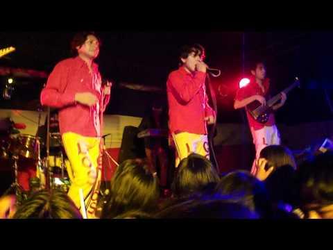 LOS GENIOS EN VIVO - RAMADAS ARICA  2011- Hechizado