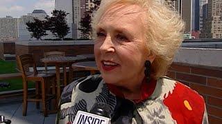 'Everybody Loves Raymond' Cast Remember Beloved Actress Doris Roberts