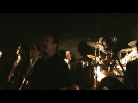 TROPICALISIMO APACHE - Jose Y Manuel - En vivo  !!!