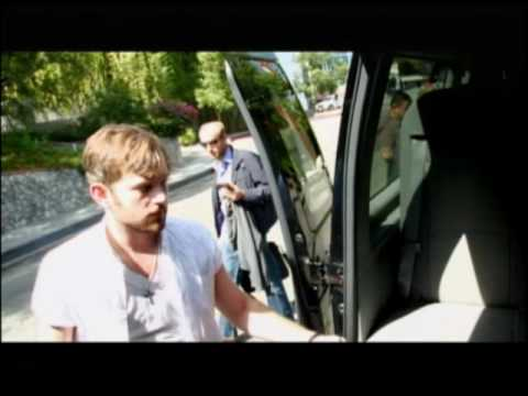 Baixar Kings of Leon - Behind the Scenes of