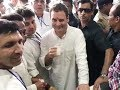 Rahul Gandhi 'winks' again at a tea stall in Bhopal