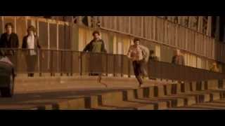 Jason Statham and Aidan Gillen-Chase Running (Blitz Movie)