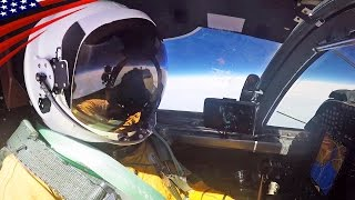 U-2 Spy Plane Pilot Preparation & Cockpit View - 【まるで宇宙服】U-2偵察機 パイロットの飛行準備とコックピット映像