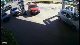 PRF prende em flagrante dois criminosos com um carro roubado, em Guaíba