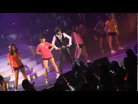 Love Actually + Pretty Girl Shin Hye Sung 2009 Live Concert