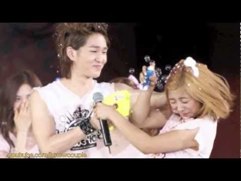 [lunew] f(x) Luna & Onew moments at SM TOWN 2010