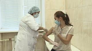 Жителям Омской области начали ставить прививки от гриппа