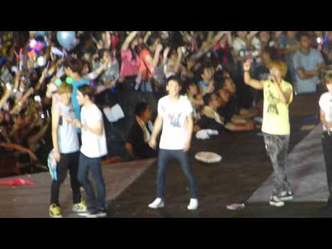 120922 [Fancam] SMTown JKT - Ending D.O / KaiSoo focus (EXO) p/s: Read description!!