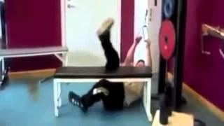 Những tai nạn hài hước trong phòng tập thể dục