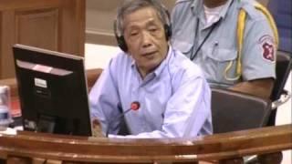 Remords de l'ancien tortionnaire Khmer rouge Douch.