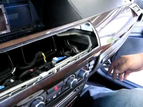 how to remove radio stereo navigation cd from 2006. Black Bedroom Furniture Sets. Home Design Ideas